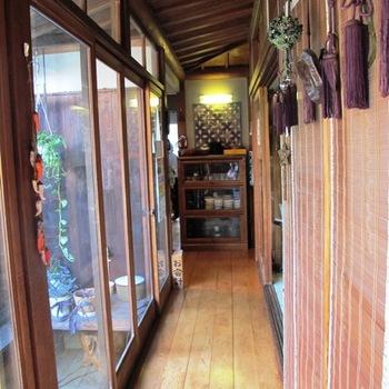 ヒノキの廊下.JPG